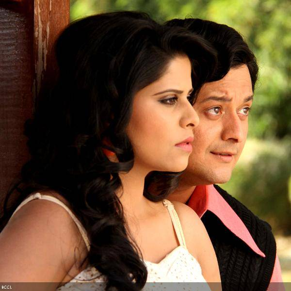Sai Tamhankar and Swapnil Joshi in a still from the Marathi movie Duniyadari.
