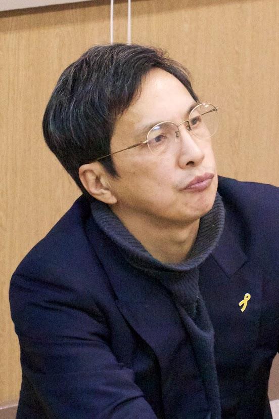 杉本隆文 氏