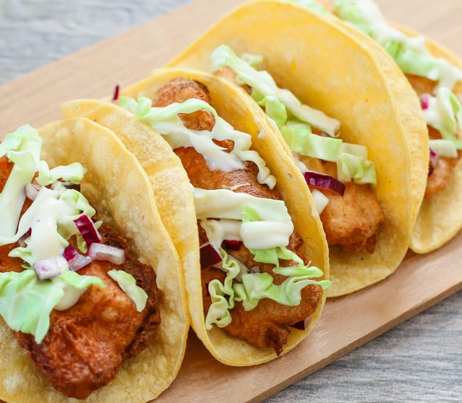 close-up photo of tacos