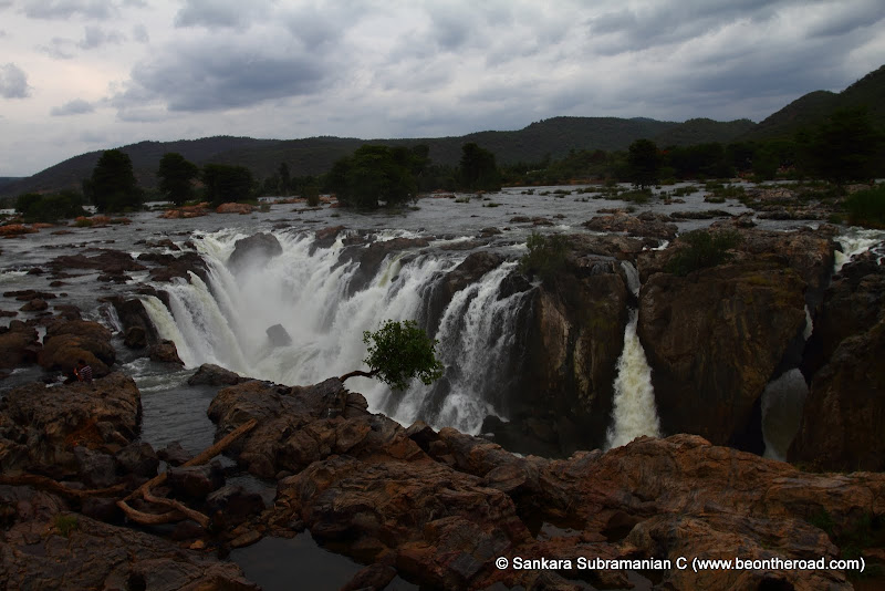 Hogenakkal Falls from the Karnataka side and hence referred to as Karnataka Falls