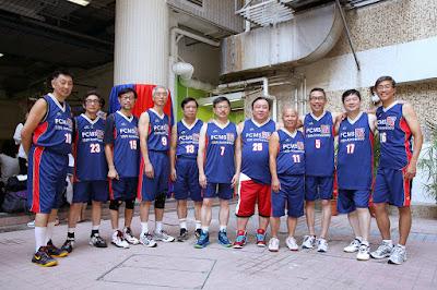 基社籃球隊:黃景怡、王熊、鄭浩華、區春生、黎秉然、余成勤、王日祥、黃循紅、伍德賢、王瑞華、陳大為