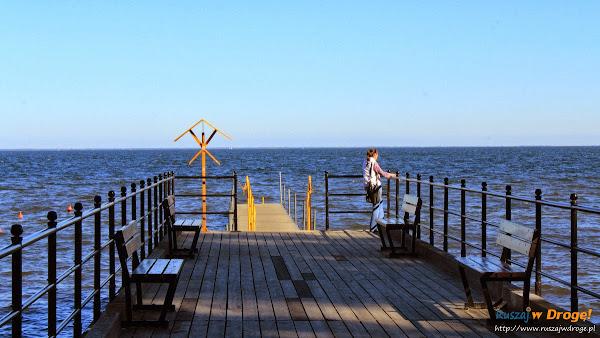 Pałac Rzucewo na Kaszubach - pomost nad morzem