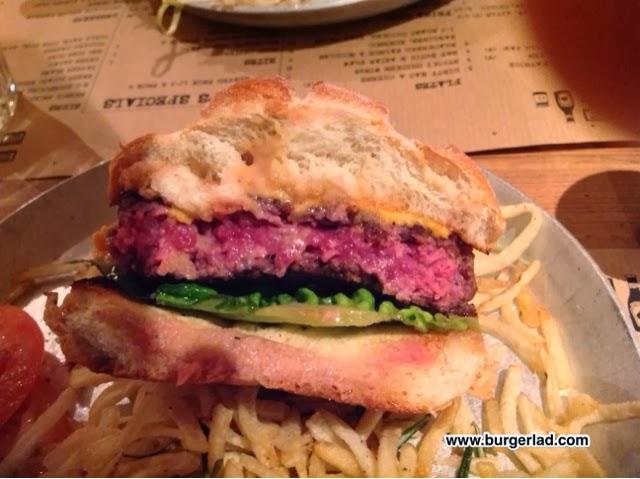 The Tavern Cheltenham Burger Review