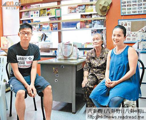 劉太與母親及冼峻龍在泰國接受本報獨家專訪。