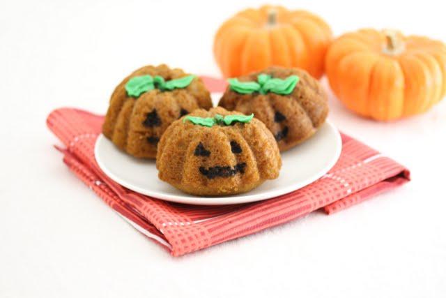 Jack-o'-lantern Pumpkin Nutella Cakes