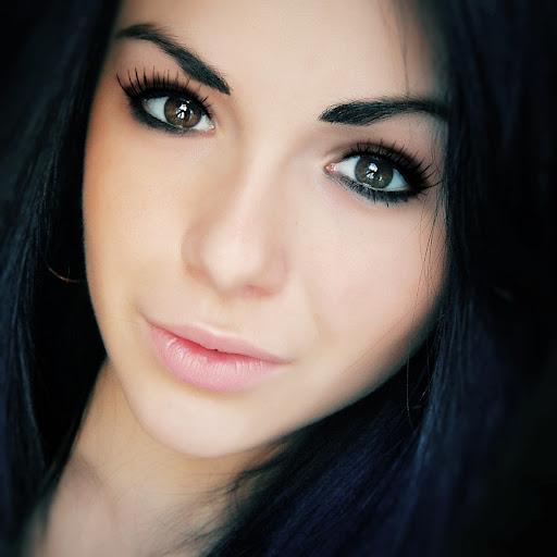 Christina Cherry