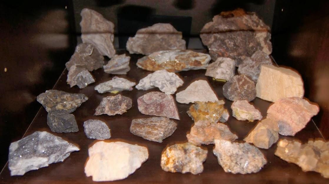 Colección de Minerales Fluorescentes - Página 3 _DSC3912