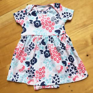 Bodysuit bé gái, hiệu Carter hàng xuất xịn made in cambodia.