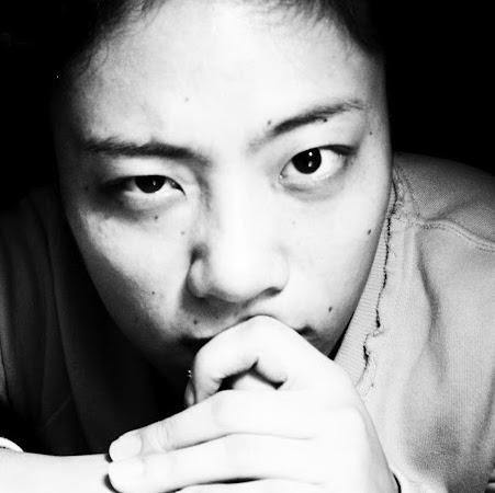 Yang Deng Photo 25