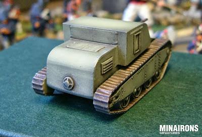 Sadurní tank, rear