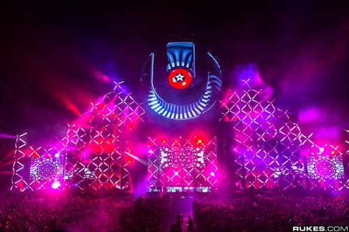 Thưởng thức Ultra Music Festival 2014 trực tiếp trên Internet