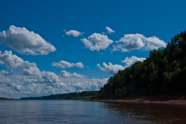Берег реки Вятки под Верхней Водской