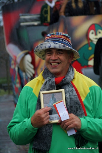 Carnavalsoptocht overloon 19-02-2012 (89).JPG