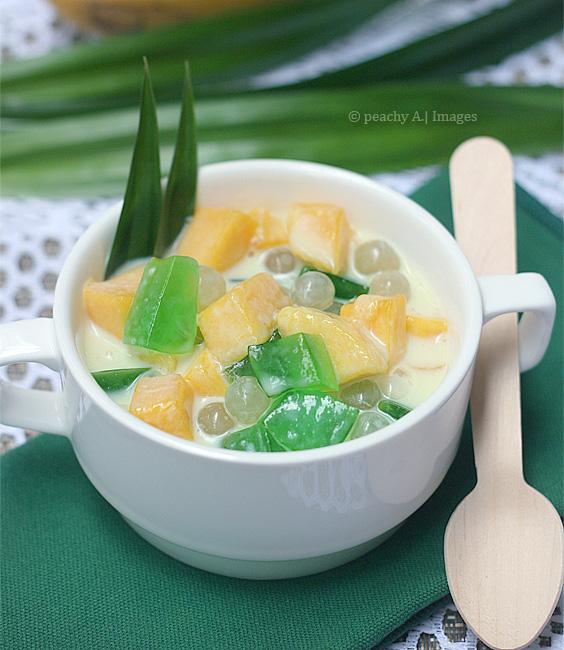Mango Pandan Salad | www.thepeachkitchen.com
