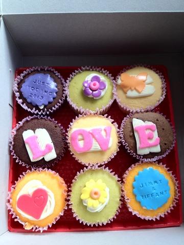 customized wedding cupcakes