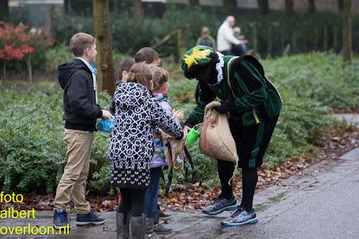 Intocht Sinterklaas overloon 16-11-2014 (10).jpg
