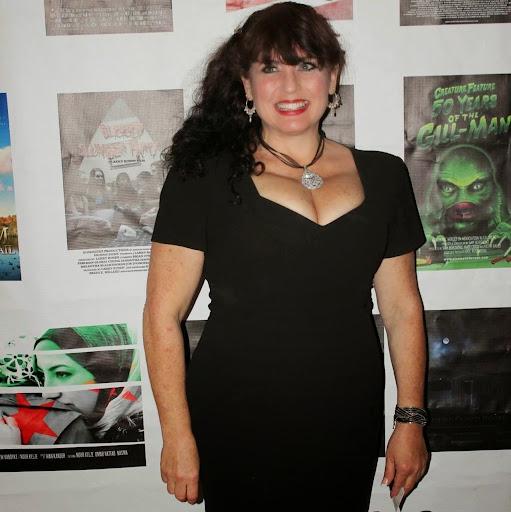 Lisa Brodsky Photo 17