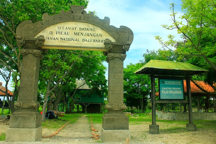 Gerbang Pulau Menjangan