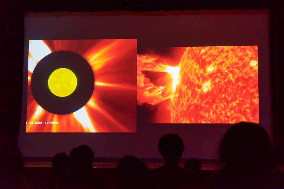 太陽の表面のフレア