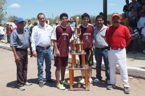 Yaquis, campeón de primera fuerza en la Liga Municipal de Futbol