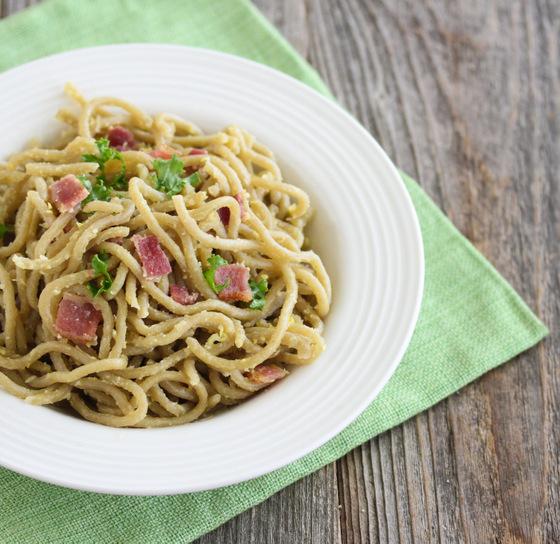 overhead photo of Spaghetti Carbonara