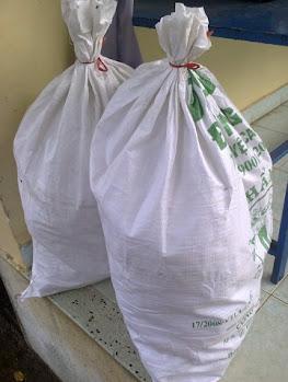 1 số hình ảnh đi làm từ thiện của BQT tại Chùa Diệu Pháp ( 19/4/2013) Hi%25CC%2580nh0414