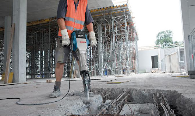 Đơn hàng thi công thiết bị xây dựng cần 9 nam làm việc tại Fukuoka Nhật Bản tháng 08/2017