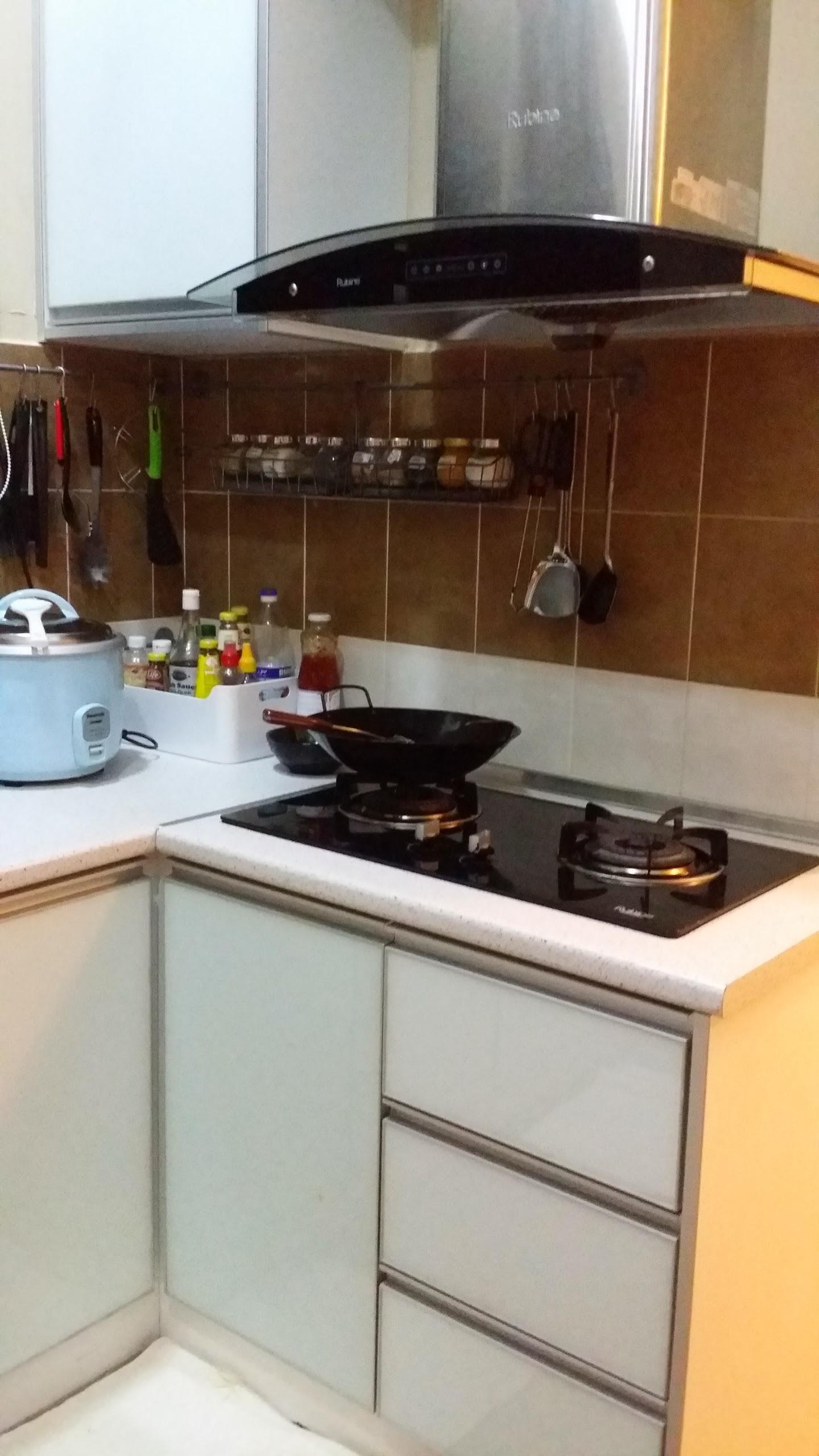 Stove Ni Aku Beli Satu Set Dengan Built In Oven Dan Hood Kat Houz Depot Jln Tar Depan Pertama Complex