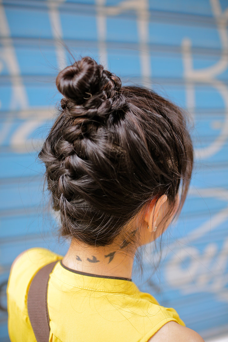 5 quick and easy hairstyles for traveling