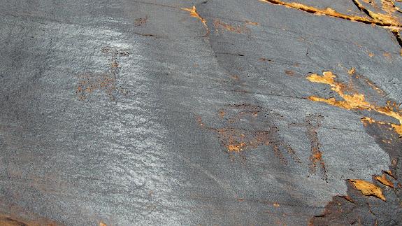 A lone petroglyph panel