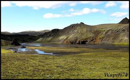 Un tour  d'Islande, au pays du feu... et des eaux. - Page 3 71-int%2525C3%2525A9rieur-avantLandman