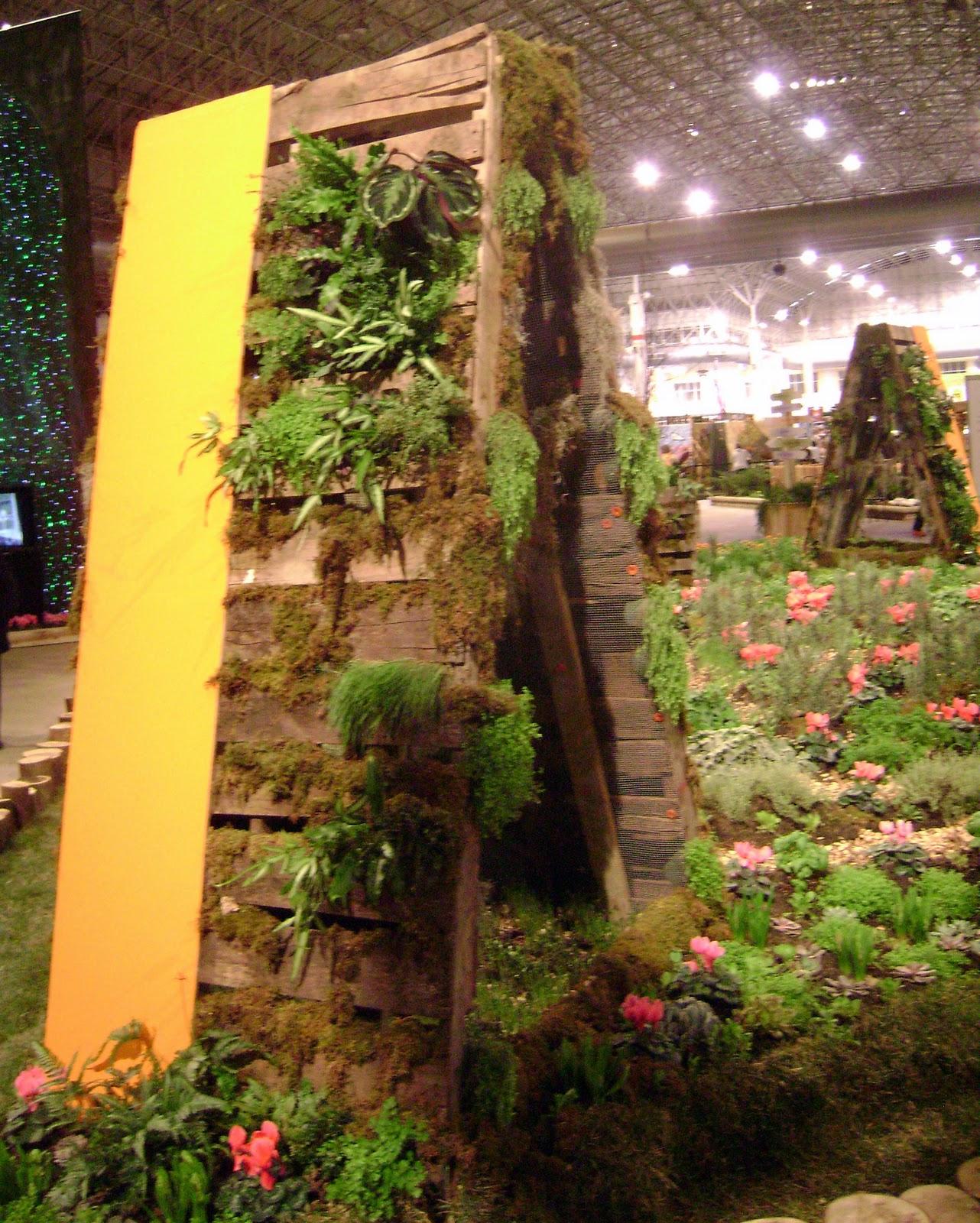 Vertical Garden Chicago: Prairie Rose's Garden: Spring Fever Cure--The Chicago