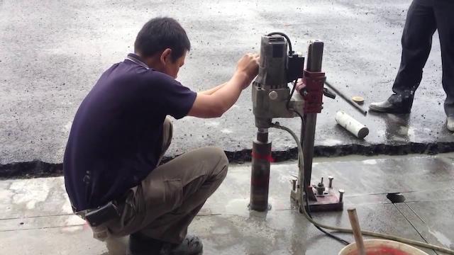 Khoancatbetongtphcm.vn cung cấp gói dịch vụ khoan cắt bê tông chất lượng