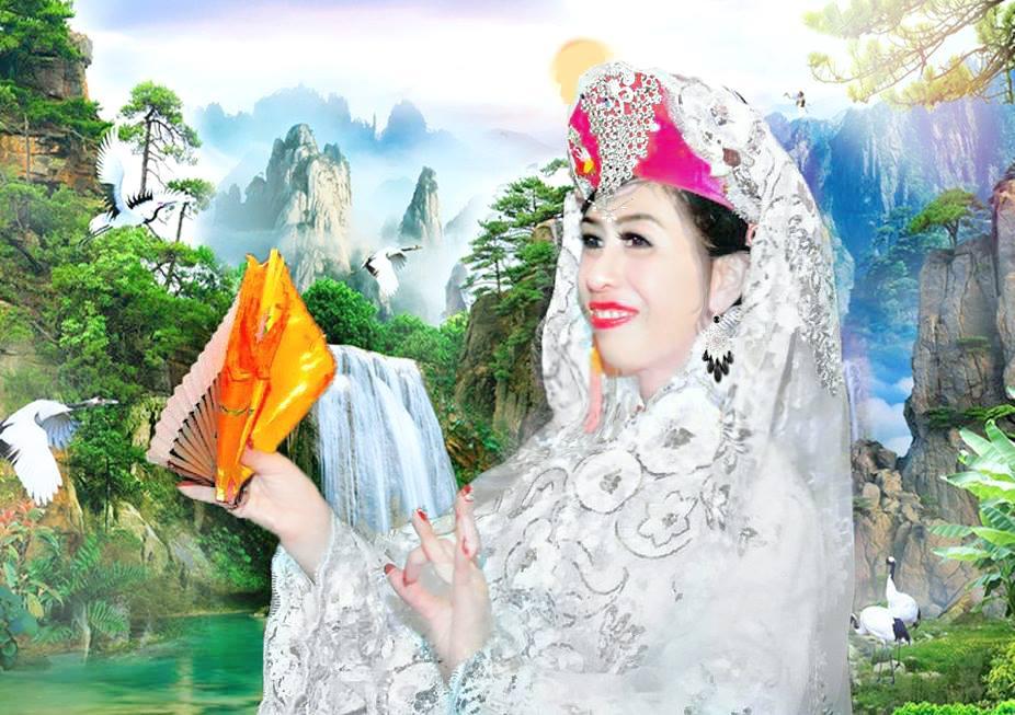 Chúa bà Lâm Thao liệu có buồn khi xem cô đồng trẻ 9x hầu bóng mình?