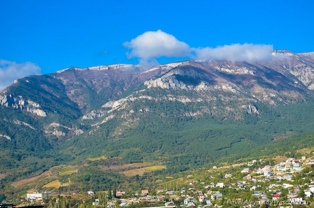 Вид на горы из Массандры