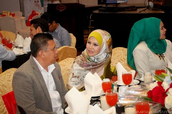 Pn. Rozita Ibrahim Pengasas Sendayu Tinggi dan Jamu Ratu Malaya