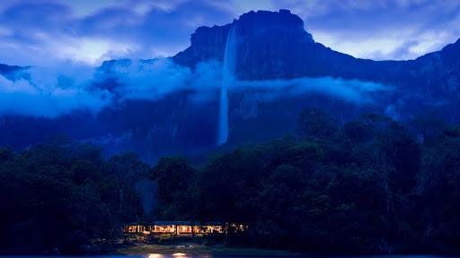 Angel Falls, Canaima National Park, Venezuela.jpg