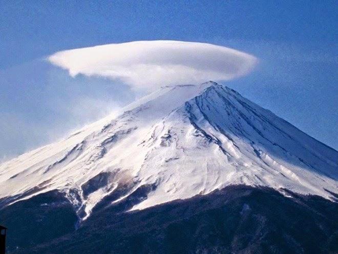 núi phú sĩ đội nón 1