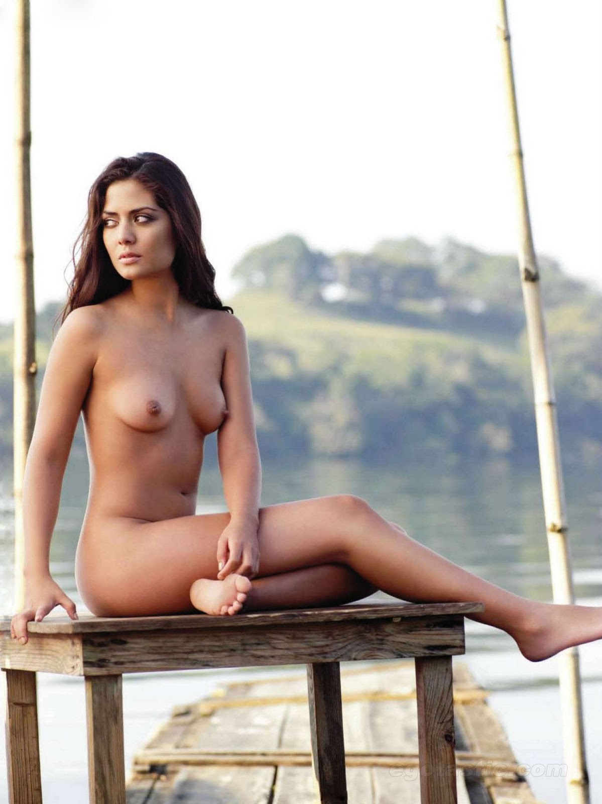 Romina Nude