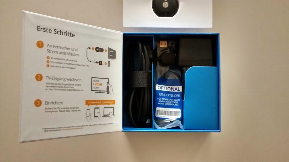 Pudełko i jego zawartość Chromecast