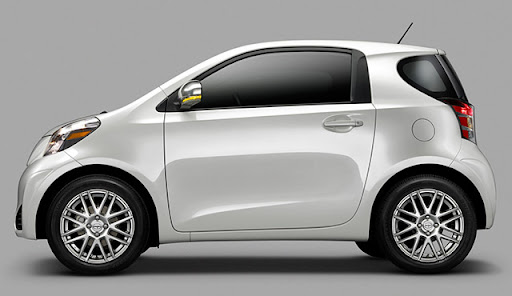 scioniQ 1 Toyota Scion iQ Electric Car To Launch In 2012