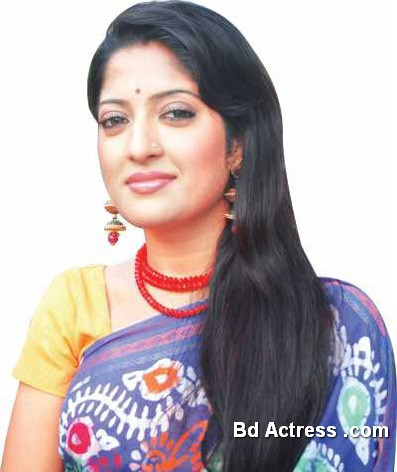 Bangladeshi Actress and Model Humaira Himu Pic