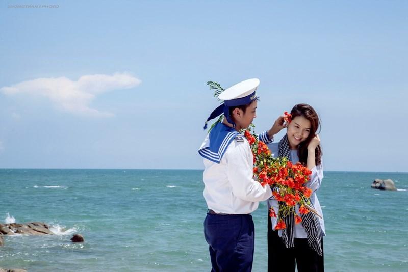 Kết quả hình ảnh cho hình ảnh tình yêu người lính đảo