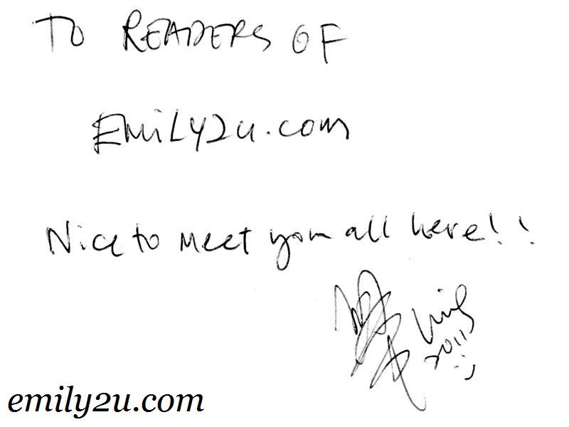 Chui Ling autograph