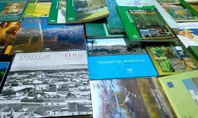 ampa entrega fondo libros medioambiental