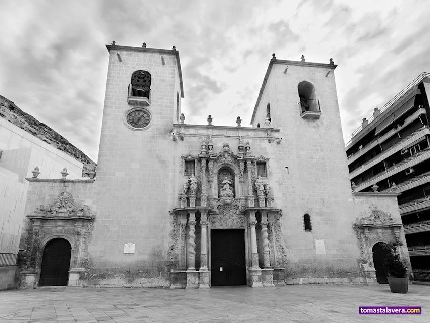 Nikon D5100, 10-20 mm, Edificios y Monumentos, Blanco y negro, Basílica de Santa María, Alicante,