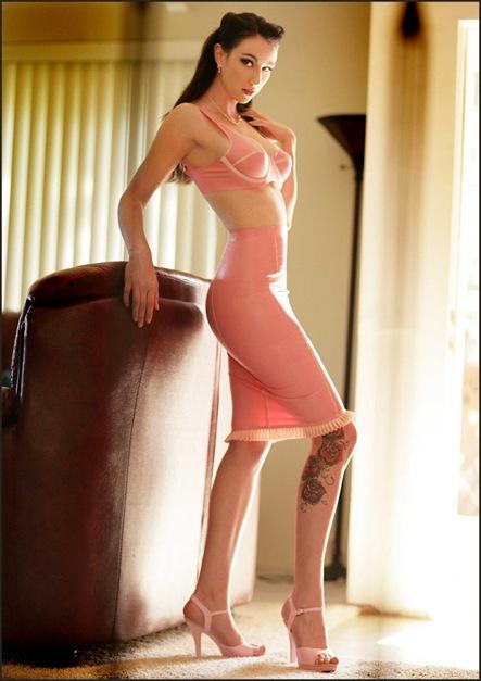 Salutations kissiennes. - Page 23 4666e1f8d522f_thumb%255B4%255D+sexy+girl