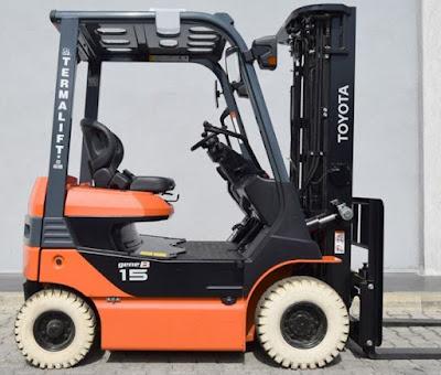 Xe nâng điện Toyota 8FB15