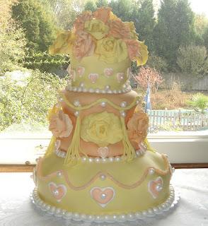 Batman Wedding Cake 81 Elegant Modern romantic yellow and