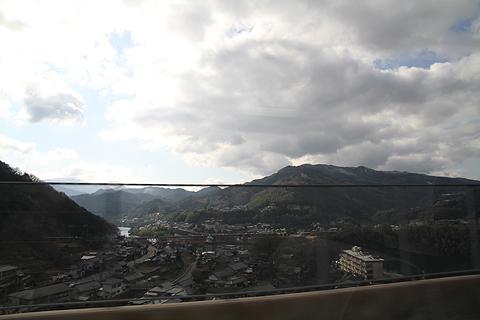 伊予鉄道「ハーバーライナー」 からの車窓 その1 阿波池田付近